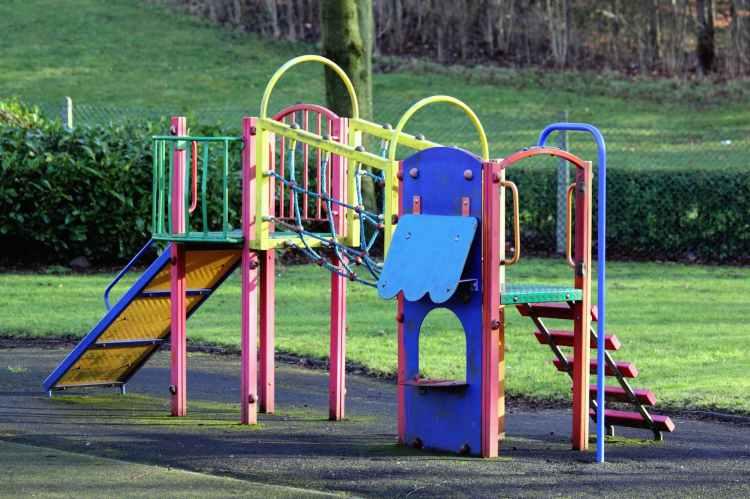 colors empty equipment grass